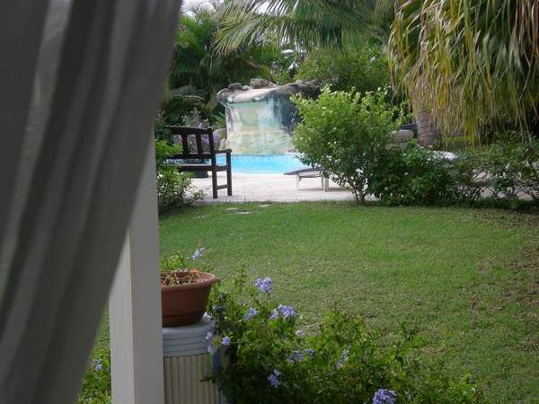 Ausblick von der Terrasse Mietobjekt Ferienunterkunft auf dem Land 16331 Saint Francois