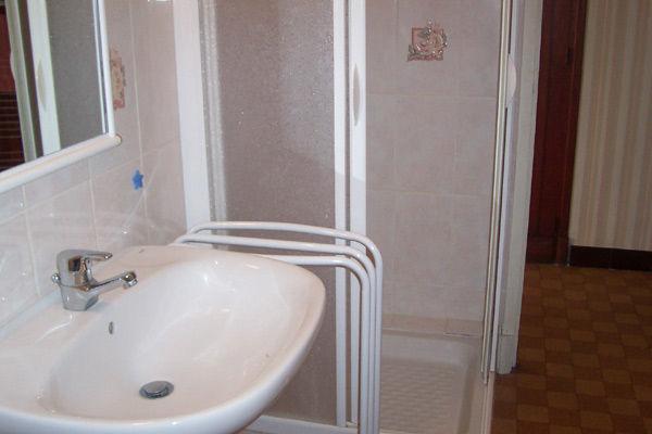 Badezimmer Mietobjekt Haus 16964 Montgenevre