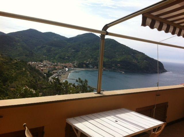 Ausblick vom Balkon Mietobjekt Appartement 75601 Levanto