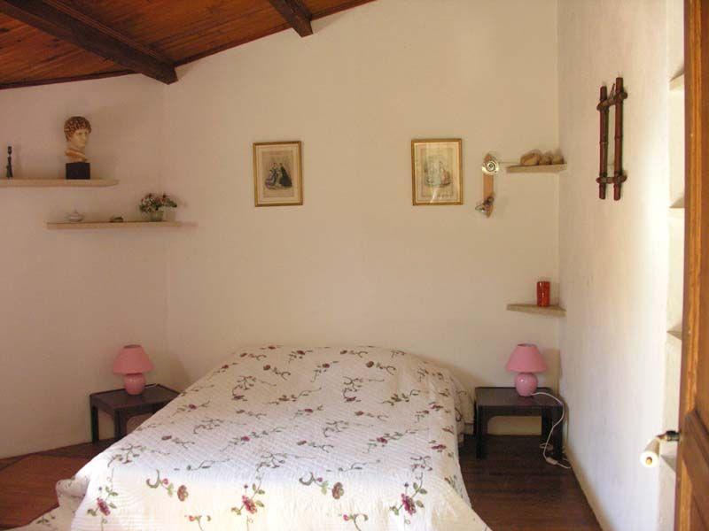 Schlafzimmer 1 Mietobjekt Ferienunterkunft auf dem Land 69702 Uzès