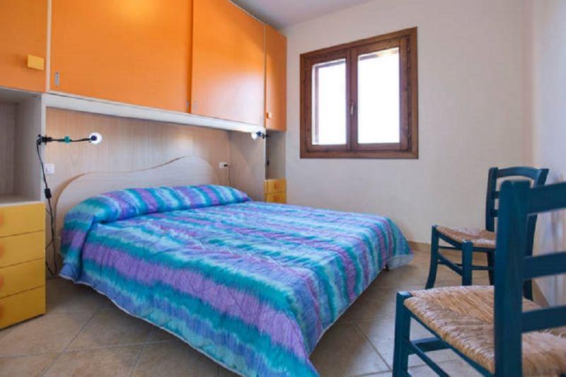 Schlafzimmer 1 Mietobjekt Appartement 80778 Badesi