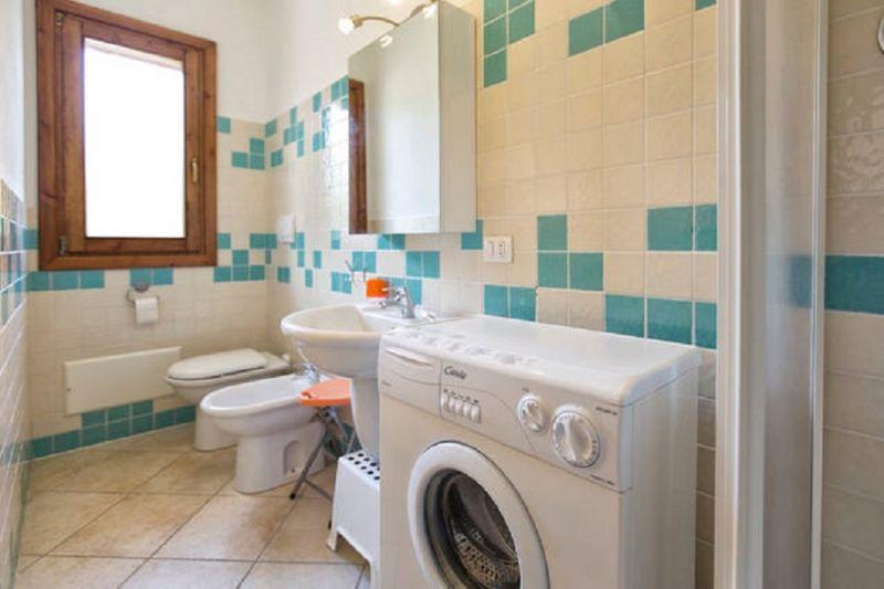 Badezimmer Mietobjekt Appartement 80778 Badesi