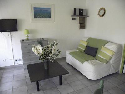 Wohnzimmer Mietobjekt Studio 93989 Calvi