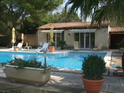 Ausblick von der Terrasse Mietobjekt Villa 77033 Avignon