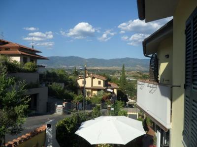 Ausblick vom Balkon Mietobjekt Appartement 69010 Florenz
