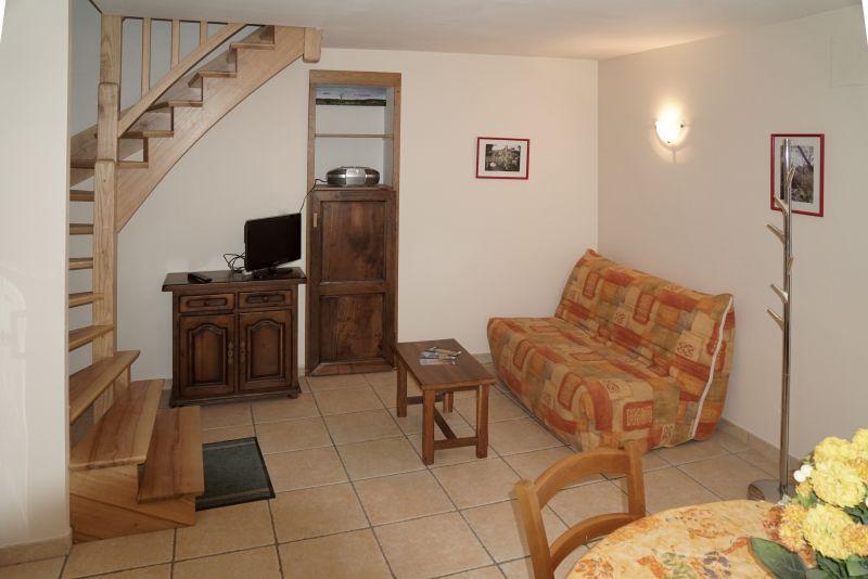 Wohnzimmer Mietobjekt Ferienunterkunft auf dem Land 12137 Rignac