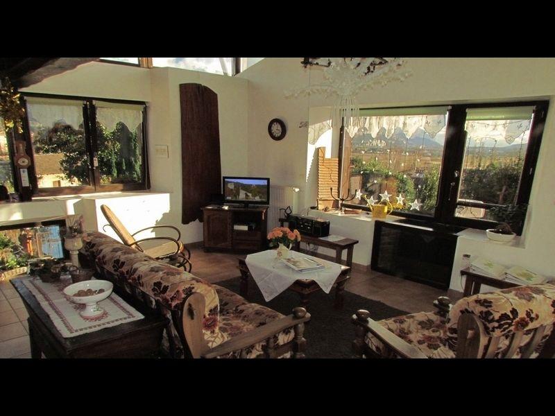 Wohnzimmer Mietobjekt Ferienunterkunft auf dem Land 16078 Grenoble