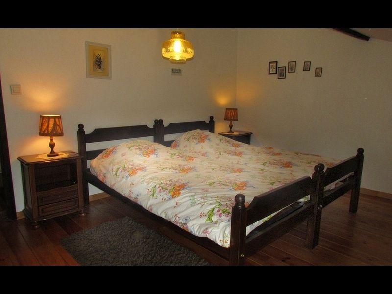 Schlafzimmer 2 Mietobjekt Ferienunterkunft auf dem Land 16078 Grenoble