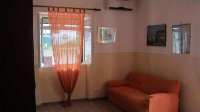 Schlafzimmer 1 Mietobjekt Haus 20810 Maratea