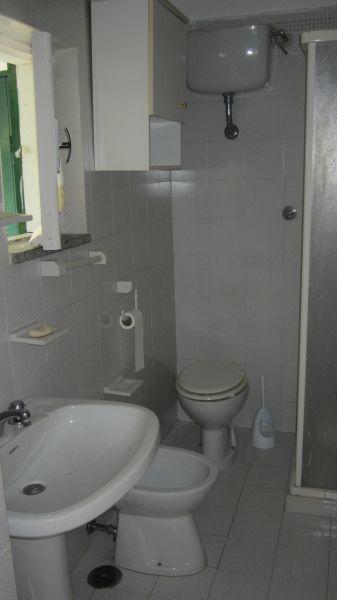 Badezimmer Mietobjekt Haus 20810 Maratea