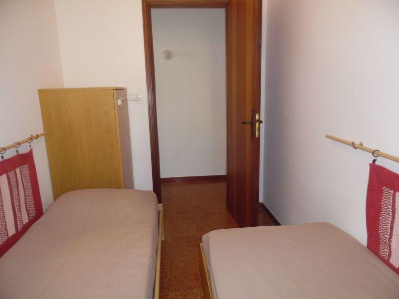 Schlafzimmer 2 Mietobjekt Appartement 28018 Castellammare del Golfo