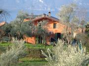 Ferienwohnung in einer Villa in Lierna f�r 4 Personen
