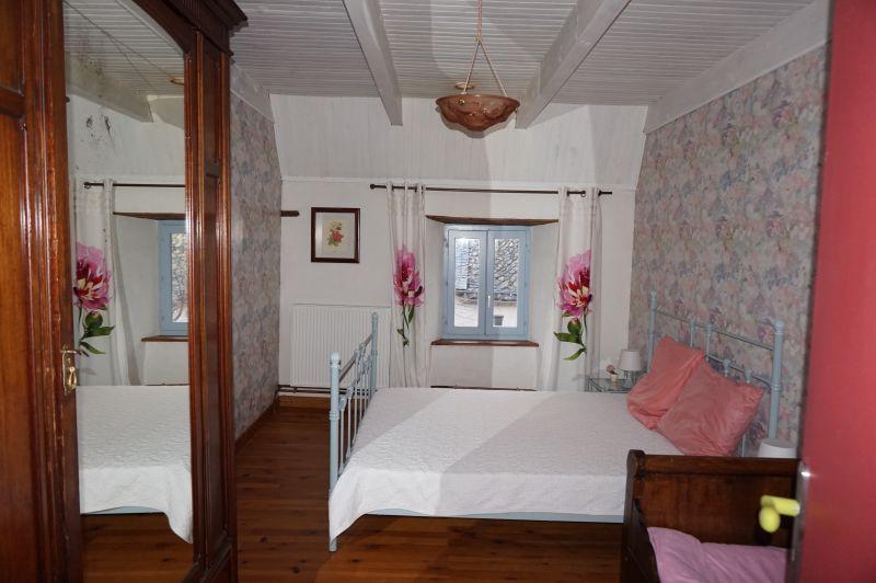 Schlafzimmer 2 Mietobjekt Haus 3796 Besse - Super Besse