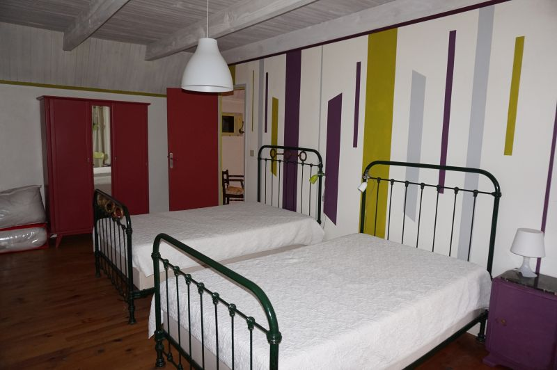 Schlafzimmer 3 Mietobjekt Haus 3796 Besse - Super Besse