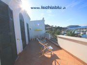 Ferienwohnung in einer Villa in Casamicciola Terme für 2 bis 7 Personen