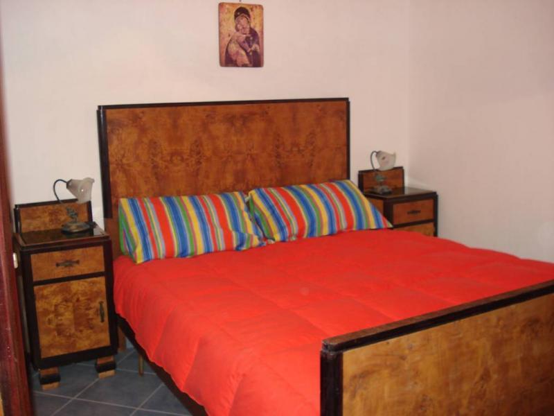 Schlafzimmer 1 Mietobjekt Haus 43100 Punta Secca