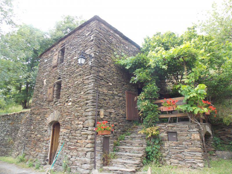 Eingang Mietobjekt Ferienunterkunft auf dem Land 50858 Florac