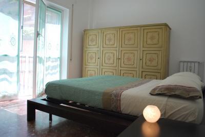 Schlafzimmer 1 Mietobjekt Appartement 55218 Rom
