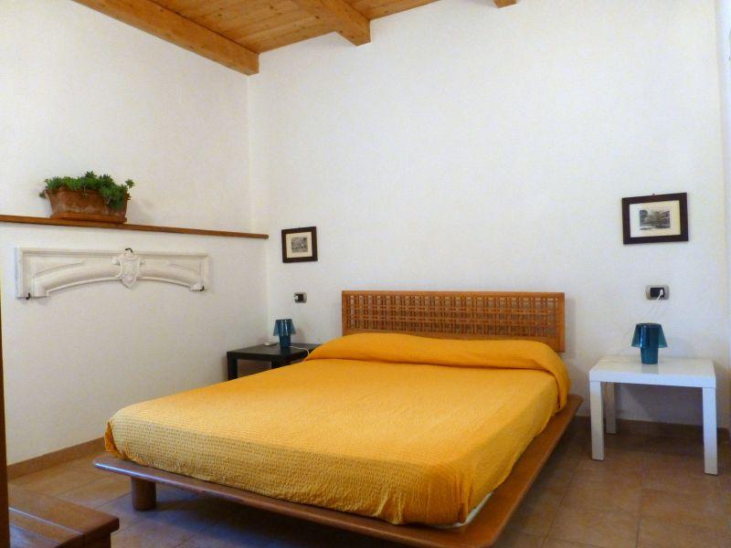 Schlafzimmer Mietobjekt Appartement 56238 Maratea
