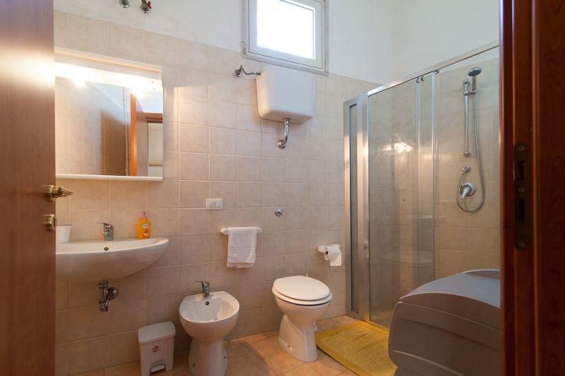 Badezimmer Mietobjekt Appartement 57535 Lecce