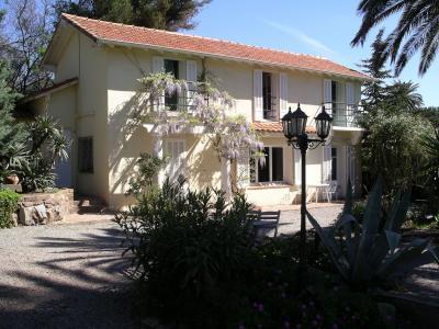 Eingang Mietobjekt Villa 61541 Saint Raphael
