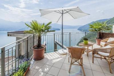 Ausblick vom Balkon Mietobjekt Appartement 81177 Sarnico