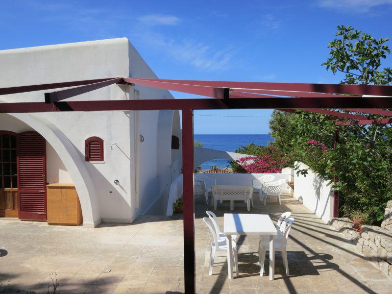 Ausblick von der Terrasse Mietobjekt Villa 92878 Torre Vado