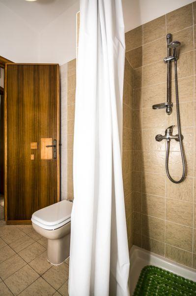 Badezimmer 1 Mietobjekt Villa 92878 Torre Vado