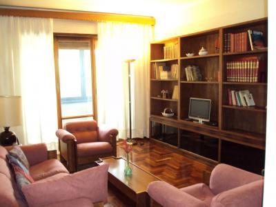 Wohnzimmer Mietobjekt Appartement 72658 Rom