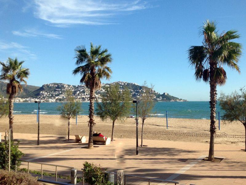 Ausblick von der Terrasse Mietobjekt Appartement 63973 Rosas