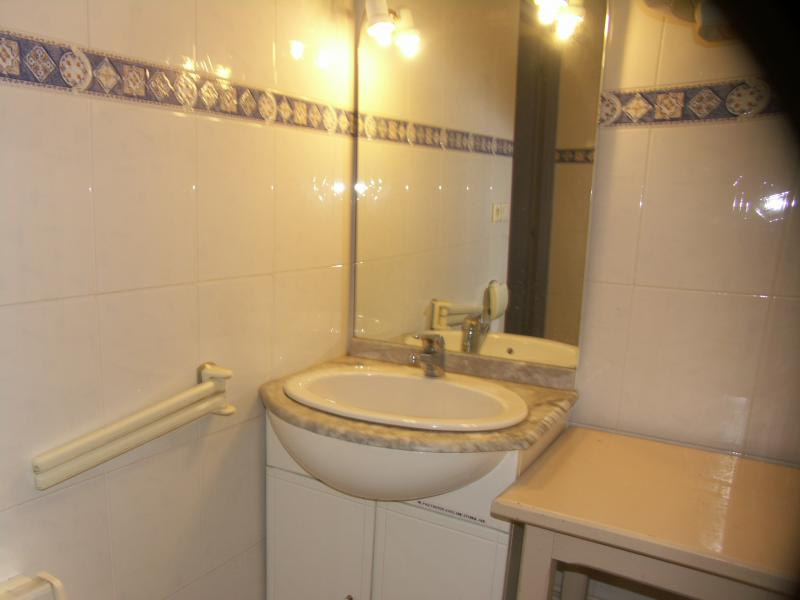 Badezimmer Mietobjekt Appartement 72071 Le Grau du Roi