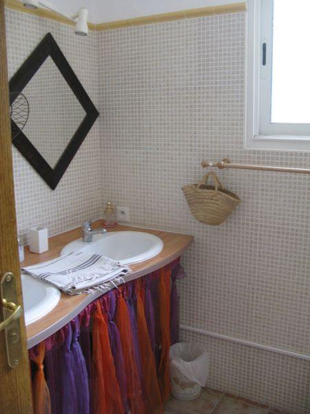 Badezimmer Mietobjekt Ferienunterkunft auf dem Land 117013 Montpellier