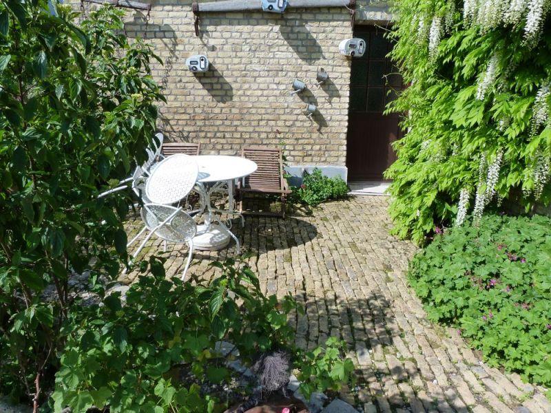 Ausblick von der Terrasse Mietobjekt Ferienunterkunft auf dem Land 83199 Sangatte/Blériot-Plage