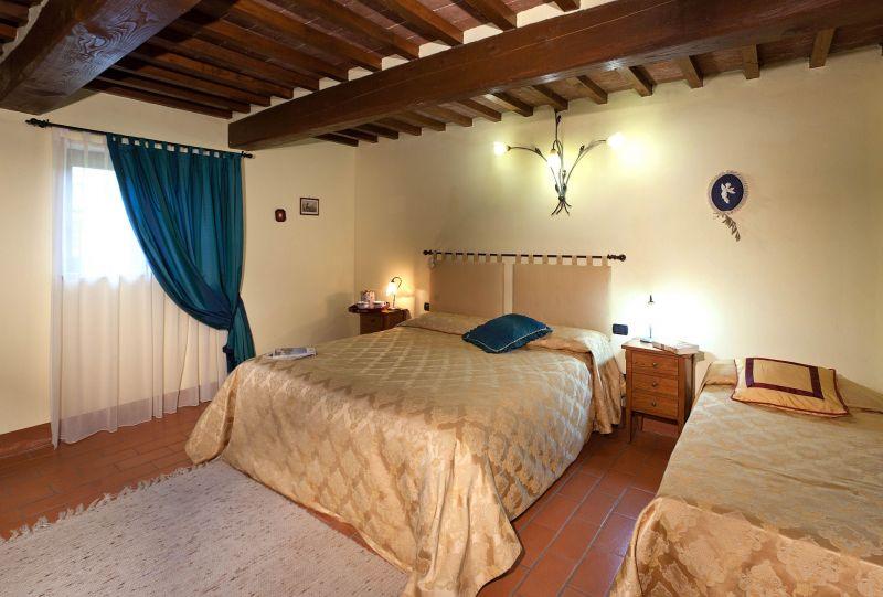 Schlafzimmer 6 Mietobjekt Villa 116579 Anghiari