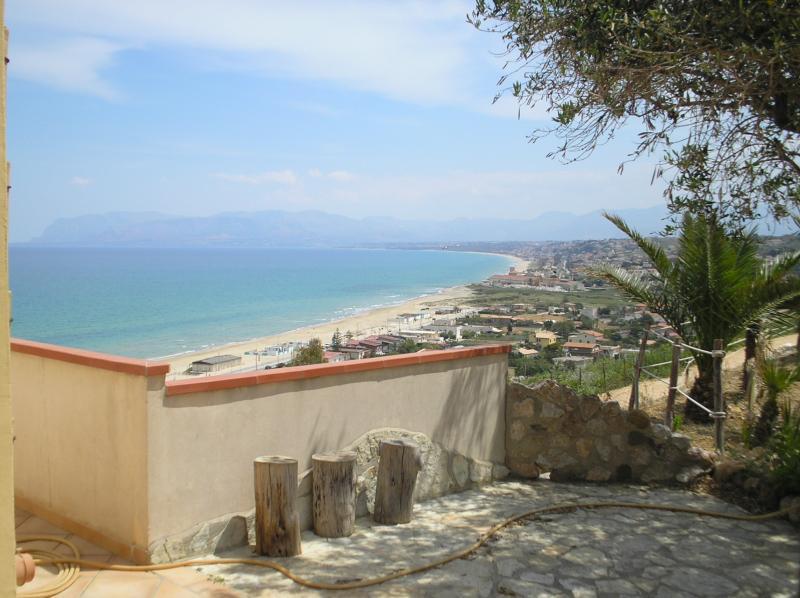 Ausblick vom Balkon Mietobjekt Haus 67481 Castellammare del Golfo