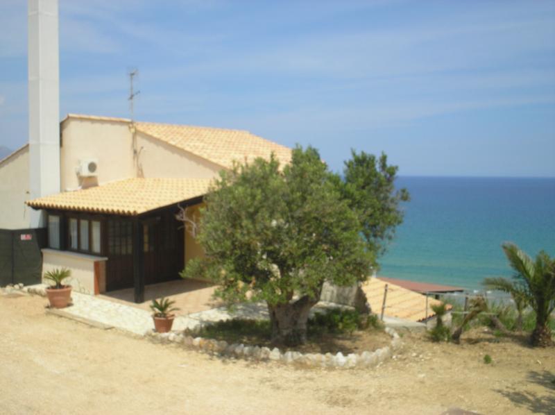 Ausblick von der Terrasse Mietobjekt Haus 67481 Castellammare del Golfo
