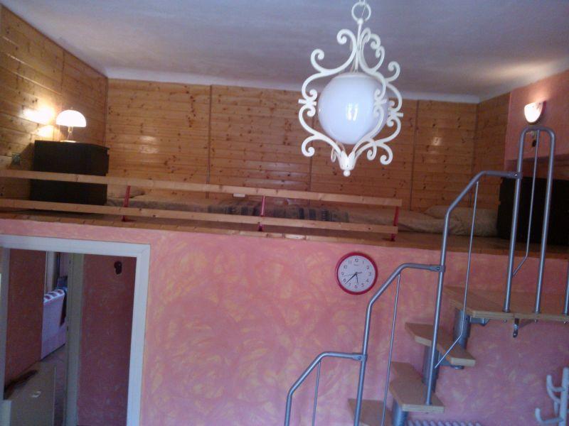Schlafzimmer 1 Mietobjekt Appartement 94010 Lierna