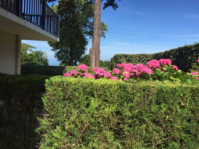 Ausblick von der Terrasse Mietobjekt Appartement 112240 Trouville sur Mer