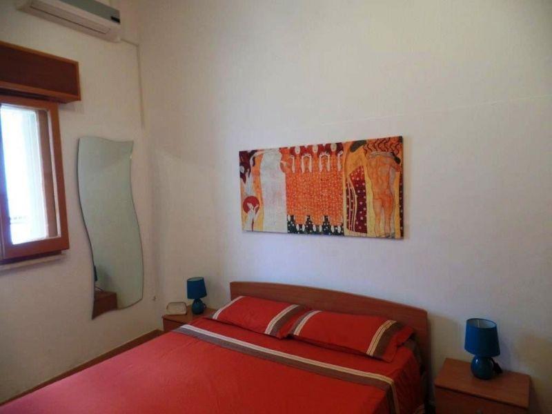 Schlafzimmer 1 Mietobjekt Villa 86623 Lido Marini