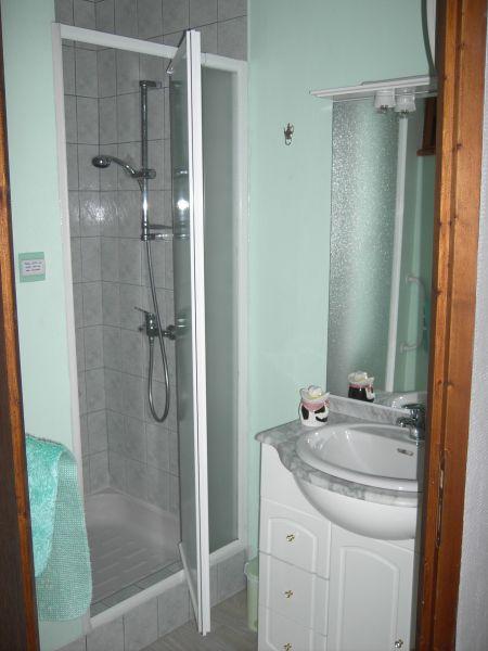 Badezimmer Mietobjekt Ferienunterkunft auf dem Land 96647 Bollwiller