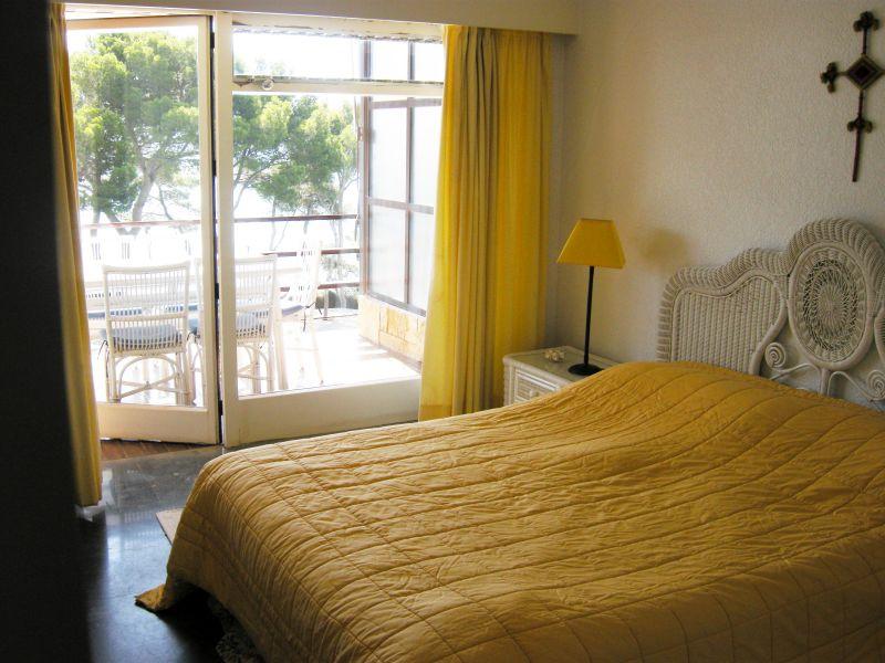 Schlafzimmer 1 Mietobjekt Appartement 98168 Sant Antoni de Calonge