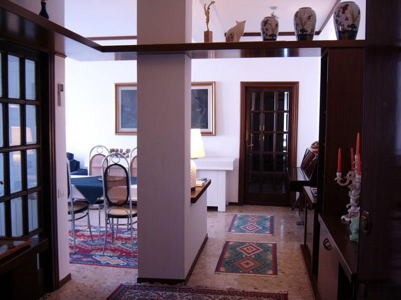 Eingang Mietobjekt Appartement 71921 La Spezia