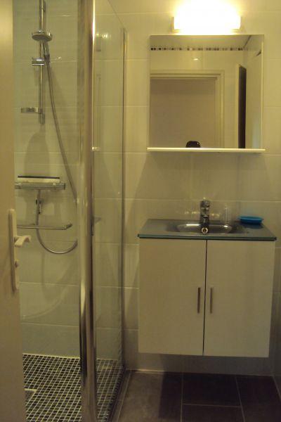 Badezimmer Mietobjekt Appartement 91064 Saint Raphael