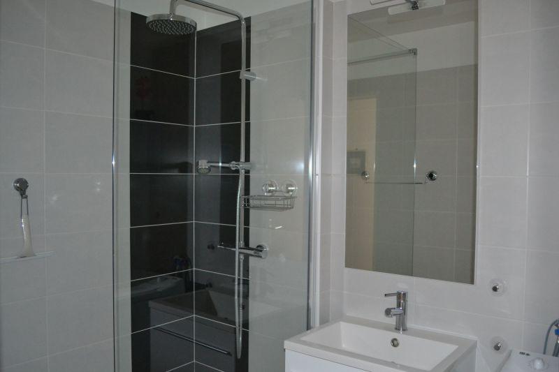 Badezimmer Mietobjekt Appartement 92716 Vichy