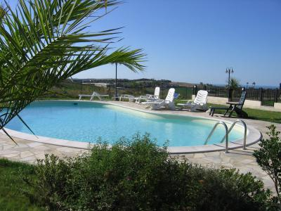 Schwimmbad Mietobjekt Appartement 67543 Pesaro